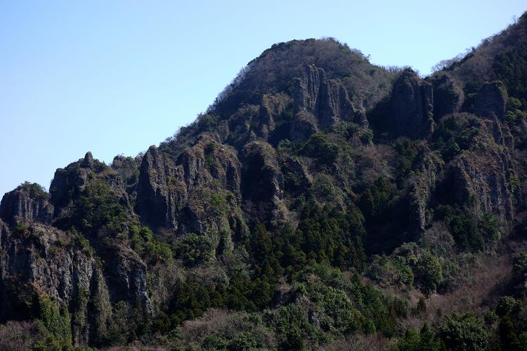 10 すっごい岩です.JPG