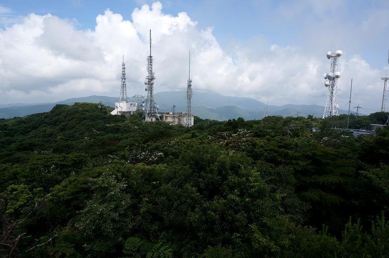 10 アンテナだらけの山でした.JPG