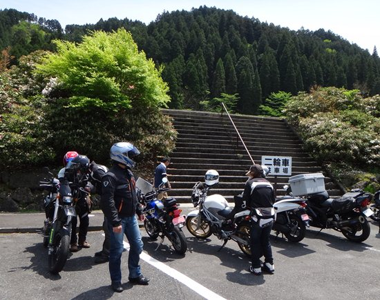 10 バイクがこんなに?.JPG