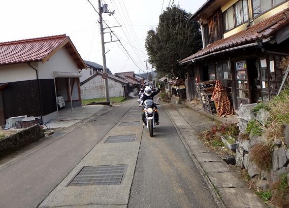10 雰囲気の良い旧道.JPG