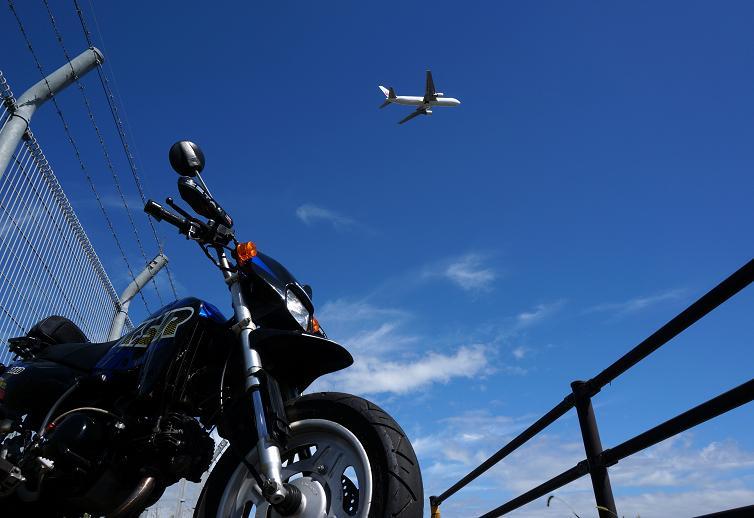 11 ちびっ子バイクをかっこよく撮って見る.JPG