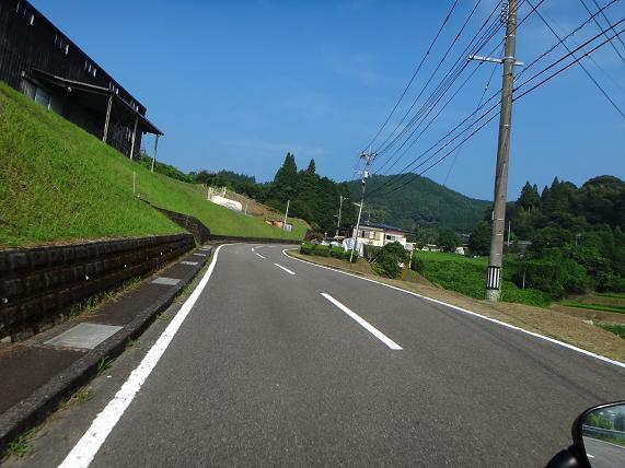 12 ちょっとお山の登ってきま~す.JPG