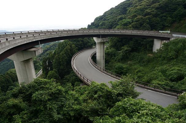 12 山奥のループ橋.JPG