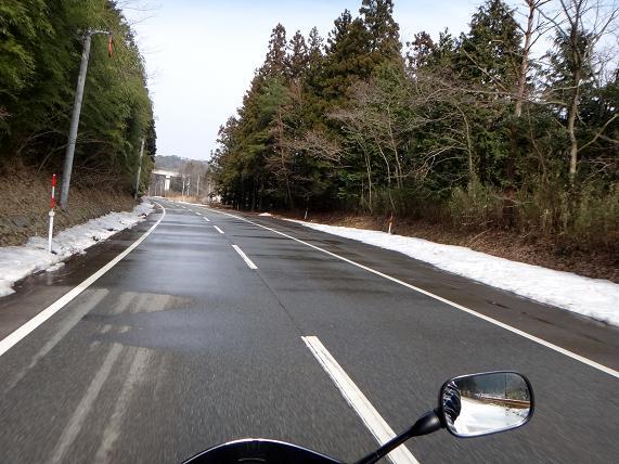 13 寒い日は危ない.JPG