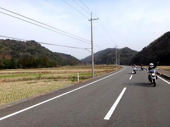 17 山道から平地へ.JPG
