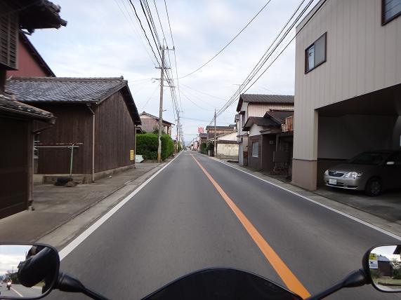 19 大川の町を抜けてます.JPG