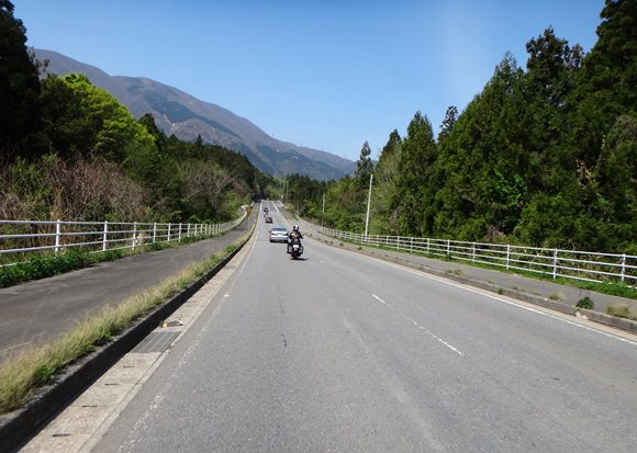 19 藤原岳の横.JPG