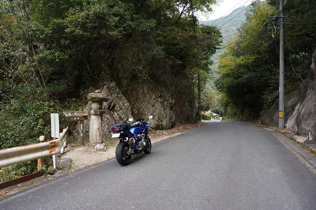 1 絶壁の道.JPG