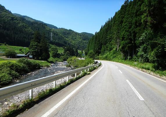 20 国道だけどほんと良い道.JPG