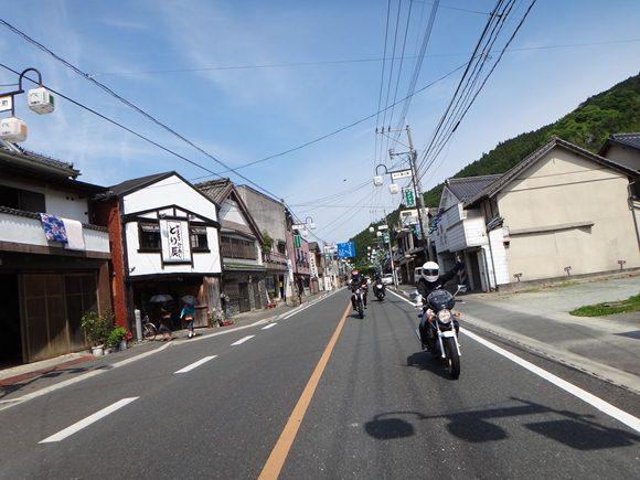 21 黒木瞳の街通過.JPG