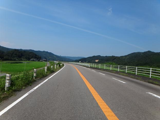 23 高速が一部開通しているので国道はガラガラ.JPG