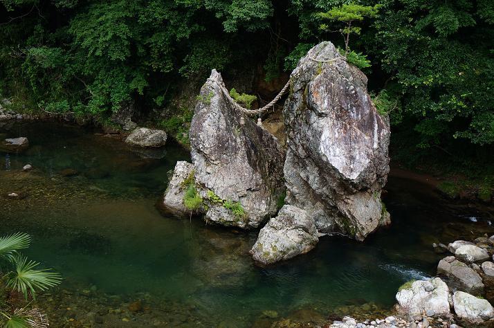 25 夫婦岩発見!.JPG