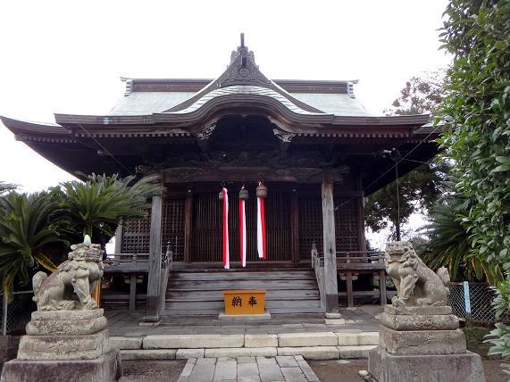 26 とっても小さな神社です.JPG