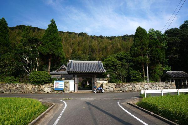 27 宗教が自由な日本を実感.JPG