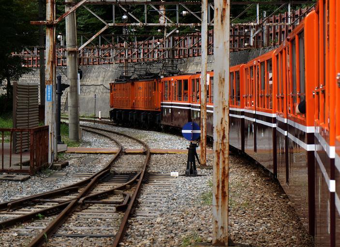 28 こうやってみたら普通の列車だね.JPG