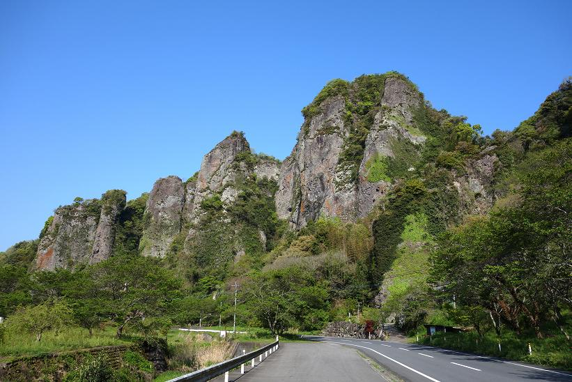 2 晴天の仙の岩.JPG