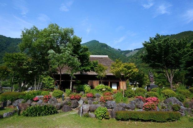 34 五木の旧家.JPG