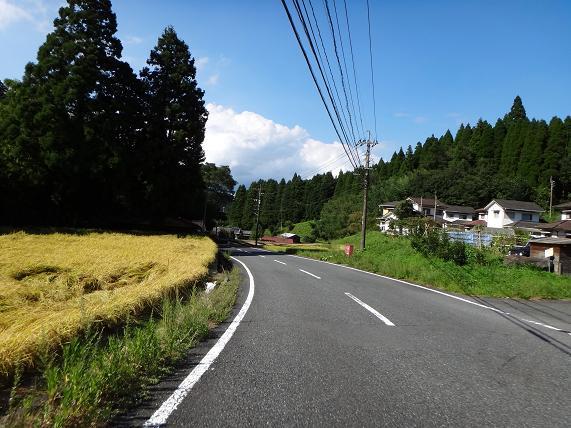 34 津江の農村風景.JPG