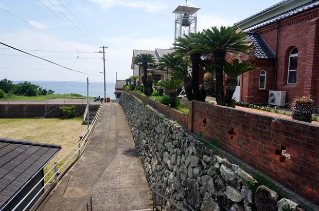 34 海沿いのとっても静かな教会です.JPG