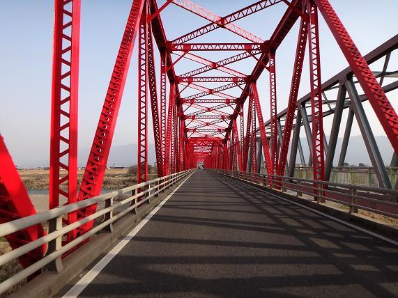 36 響は鉄橋が大好き.JPG