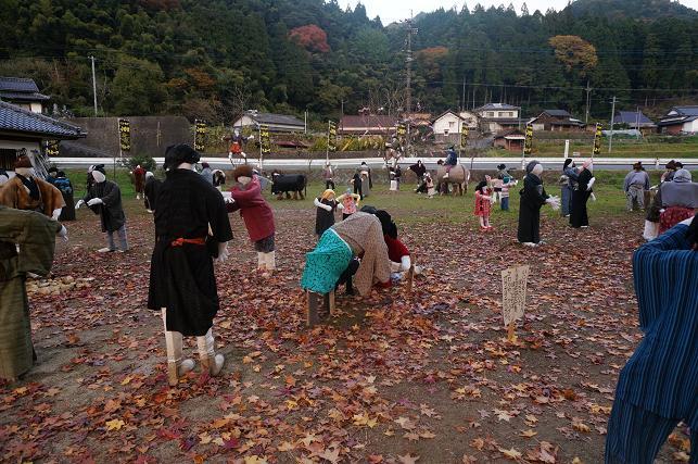 37 山国かかし祭り開催中.JPG