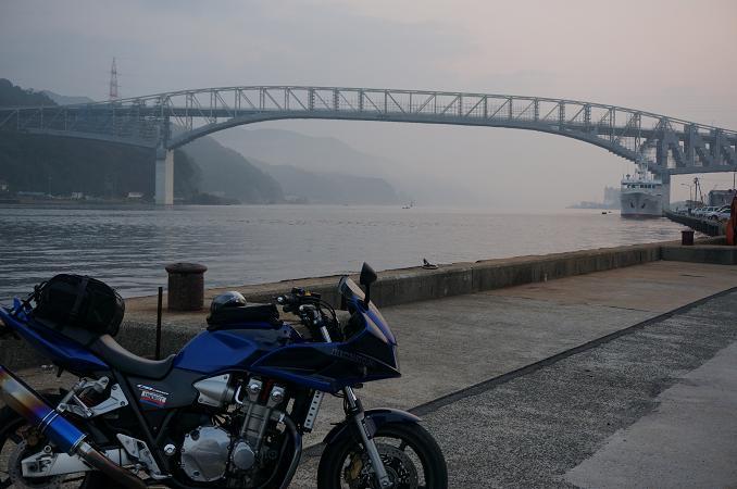 3 早朝の境港.JPG