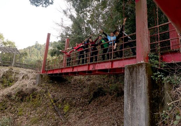 49 吊ってない吊橋.JPG
