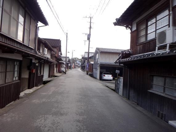 6 裏通り.JPG