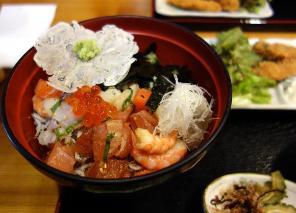しらす海鮮丼.JPG