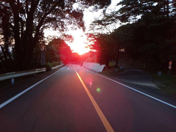 にゃんこ峠で夕日です.JPG
