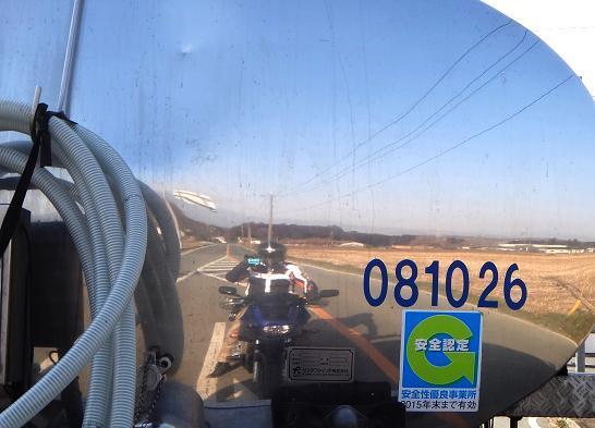 28 正しいバイク乗りの習性.JPG
