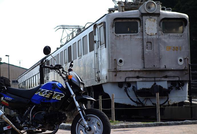 7 関門トンネル用の車両です.JPG