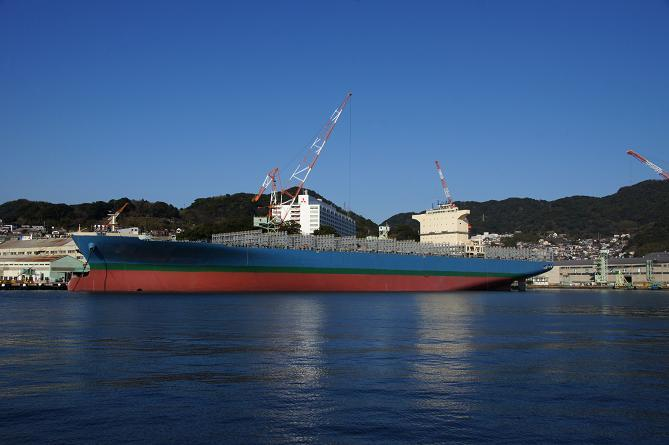 建造中のタンカー.JPG