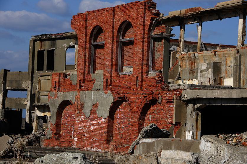 意外と少ない煉瓦の残骸.JPG