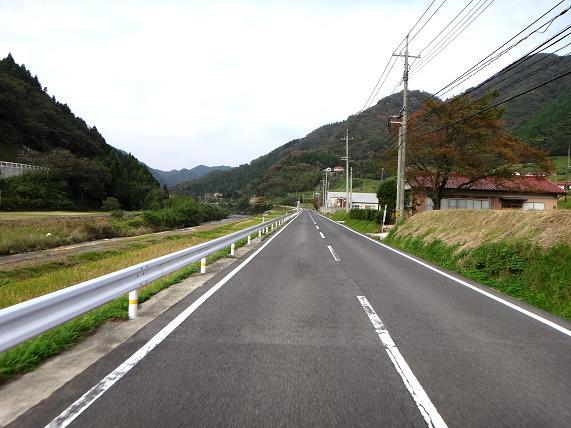 9 日本海側へ向けて走ります.JPG